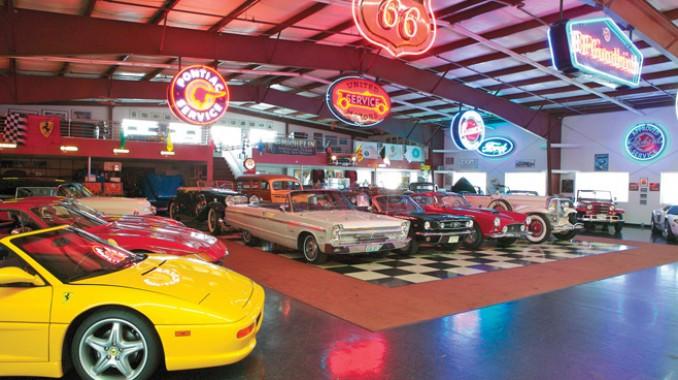 Dream car garages 12 carmichael honda for Garage rouergue auto 12