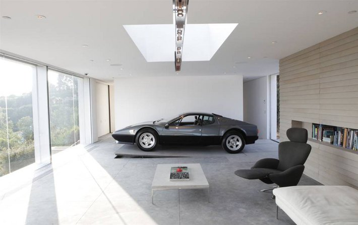 if you had to create a dream garage what would it be like carmichael honda. Black Bedroom Furniture Sets. Home Design Ideas